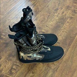 Nike SF Air Force 1 Realtree Camo High Black/Gum